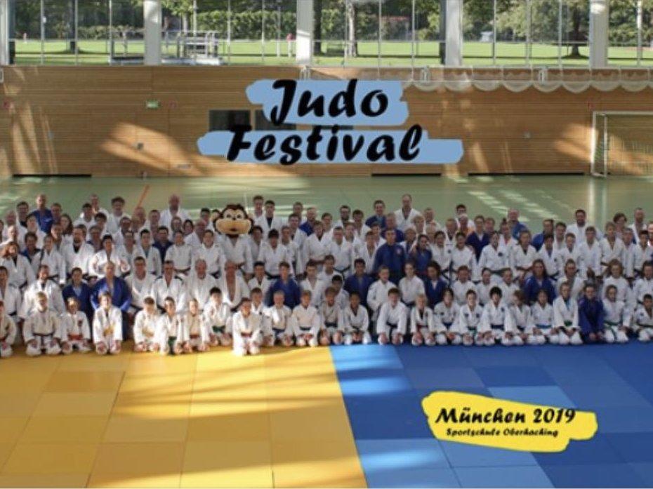 Teilnehmer beim Judo-Festival
